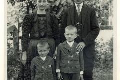 08_p.mudrak_rodina
